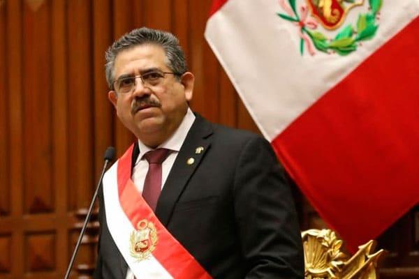 Cancillerías de Paraguay y Uruguay reconocen a Merino como presidente del Perú