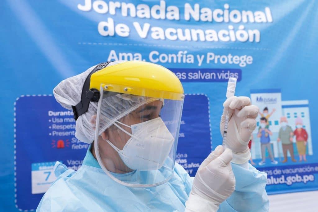 Congreso aprobó ley que garantiza de acceso a la vacuna contra el coronavirus