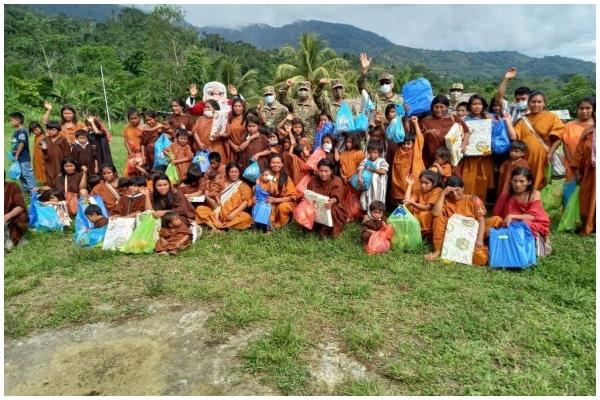 Cienciano llevó regalos y ayuda humanitaria a niños del VRAEM