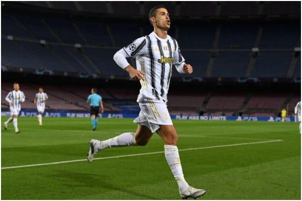 Cristiano Ronaldo marcó el 1-0 ante el Barcelona de Lionel Messi en Champions League