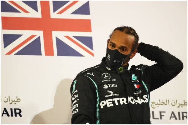 Lewis Hamilton dio positivo para coronavirus