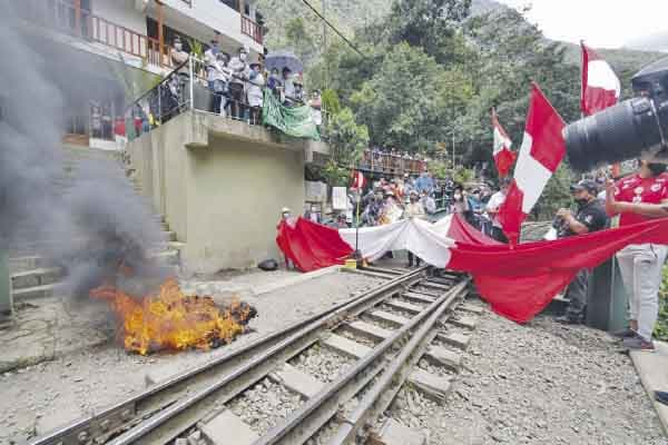 Más bloqueos en Machu Picchu
