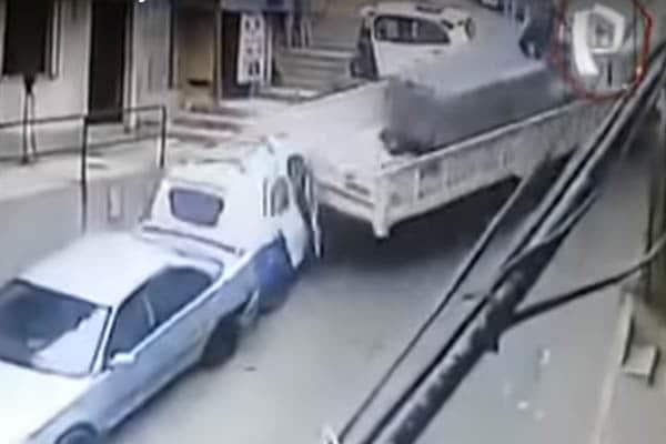 Independencia: Mototaxista salvó de morir tras ser impactado por camión
