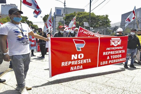 Contraloría averigua gasto de Petroperú en nuevo logo