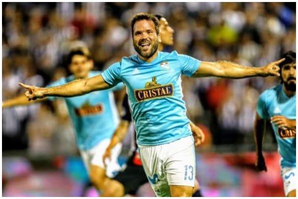 Renzo Revoredo no seguirá en Sporting Cristal