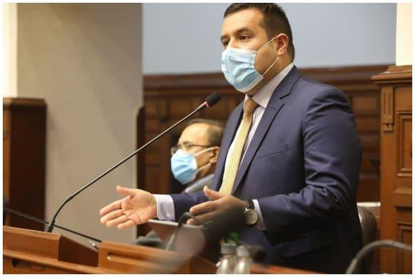"Legislador Franco Salinas (AP) sobre ley que fija topes en intereses: ""El BCRP y la SBS cumplirán un rol fundamental en proteger a consumidores"""