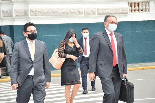 Subcomisión evaluó en sesión reservada denuncia contra Edgar Alarcón