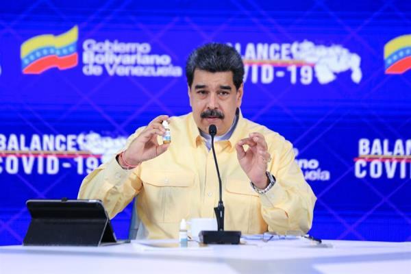 Nicolás Maduro presenta unas gotas «milagrosas» que «neutralizan» el coronavirus