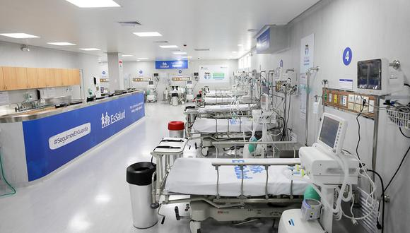 Médicos intensivistas sostienen que Lima Metropolitana debió ser calificada como una región con un nivel de alerta «muy alto»