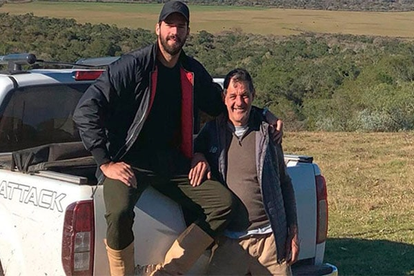 ¡Tragedia! Falleció ahogado el padre del arquero brasileño Alisson Becker