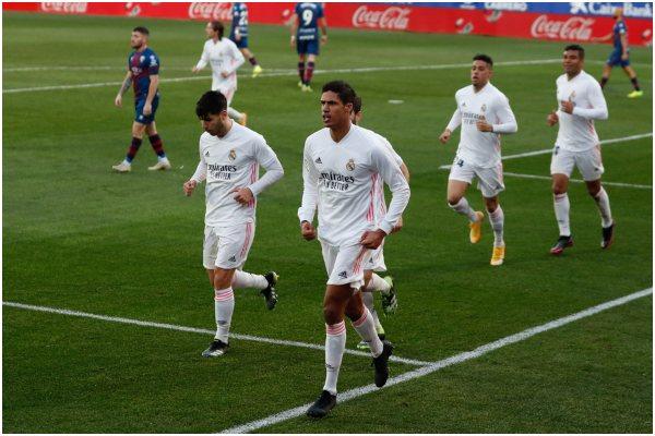 Real Madrid lo dio vuelta y venció 2-1 a Huesca por la Liga de España