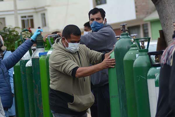 Frente Amplio: congresista presenta polémico proyecto de ley para expropiar plantas de oxigeno privadas