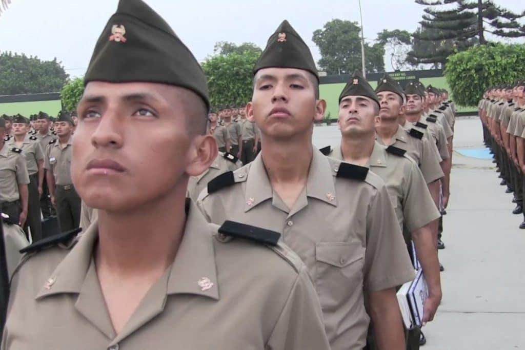 Sacan a 29 alumnos de Escuela del Ejército