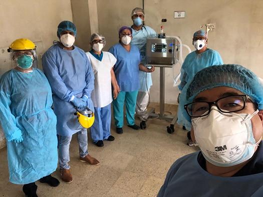 Francisco Sagasti ratifica que personal médico que no pertenece al Minsa ni a EsSalud será vacunado
