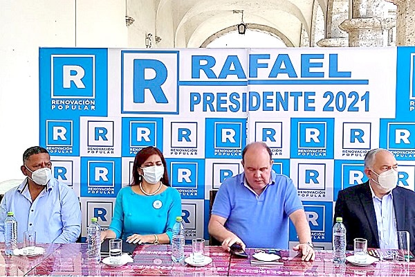 """Neldy Mendoza: """"Me allano al pedido de Rafael López Aliaga de retirarme de su plancha presidencial"""""""
