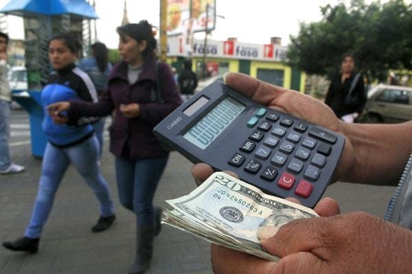 Según el BCR, el precio del dólar se situó en S/ 3.927 en el mercado
