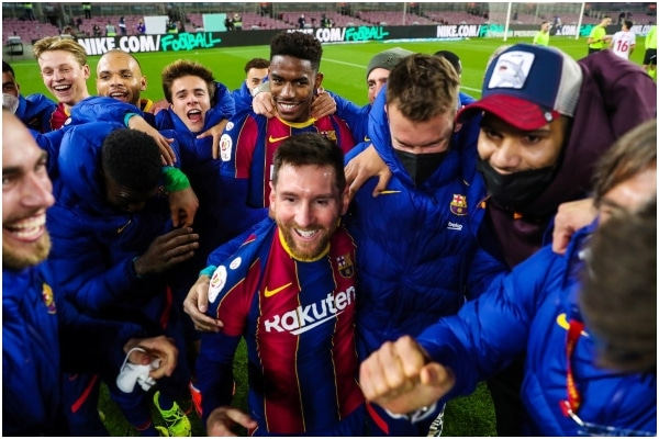 Barcelona goleó 3-0 a Sevilla y accedió a la final de la Copa del Rey
