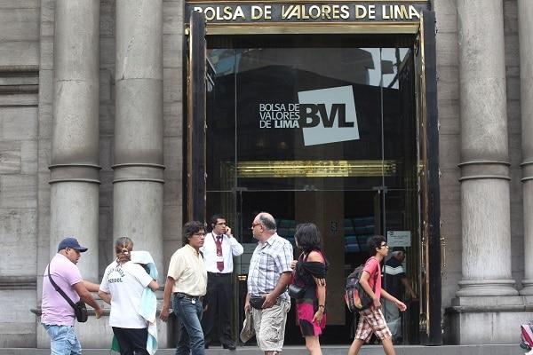Bolsa de Valores de Lima inició en rojo la jornada bursátil de este lunes por la incertidumbre electoral