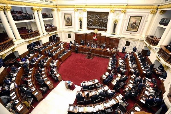 Congreso va por retiro del 100% de fondos AFP