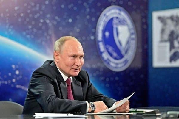 Putin pide que Rusia sea potencia espacial y nuclear