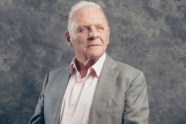 Anthony Hopkins sigue recibiendo galardones por 'The Father'