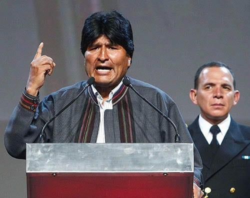 Evo Morales: «Si la propuesta del 'pueblo' gana en Ecuador y Perú, volveremos al proyecto de la Patria Grande de Chávez»