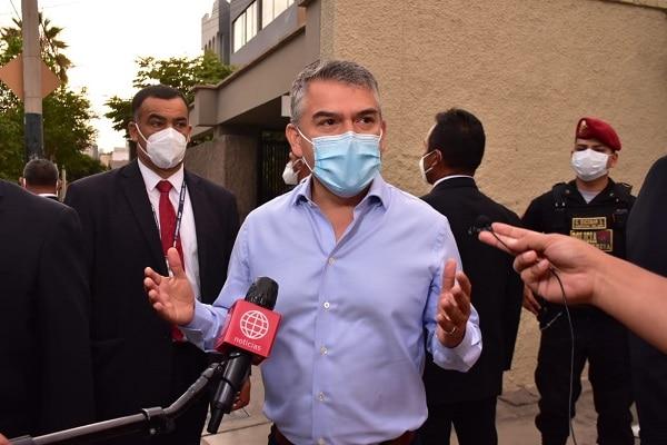 Julio Guzmán dice que está a la espera de los resultados definitivos para «tomar las decisiones correspondientes»