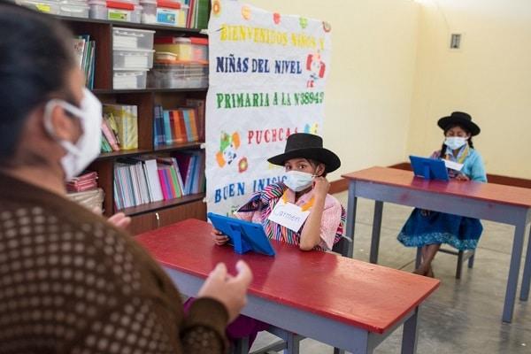 """Ministerio de Educación precisa que el retorno a clases presenciales """"no es obligatorio"""""""