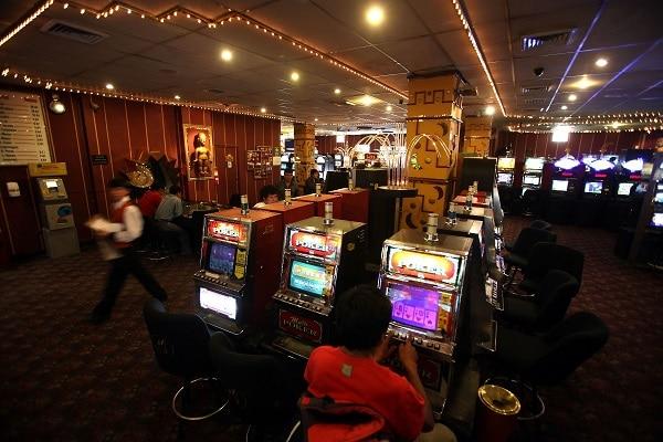 COVID-19: Poder Ejecutivo ordena reapertura de casinos y tragamonedas con aforo del 30%