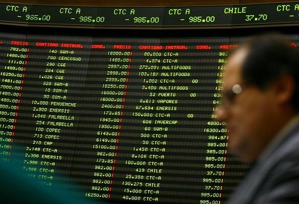 Chile: Bolsa de Santiago cae un 9,6 % en la apertura luego de comicios constituyentes