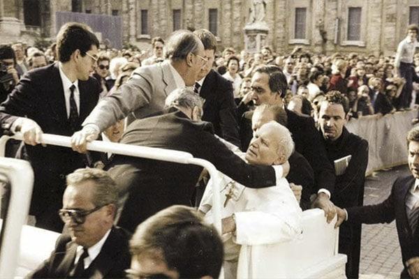 Misterios sin resolver a 40 años del atentado a Juan Pablo II
