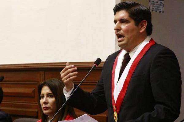 Vicepresidente del Congreso, Luis Roel Alva, solicitó a la Comisión de Constitución priorizar el debate para regular la vacancia presidencial