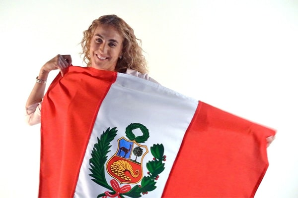 Natalia Málaga se une a campaña 'Ponte la camiseta': «Para que nuestro país siga siendo un lugar de paz y unión»