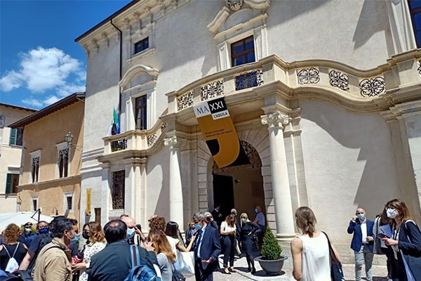 Palazzo Ardinghelli símbolo de su «Renacimiento»