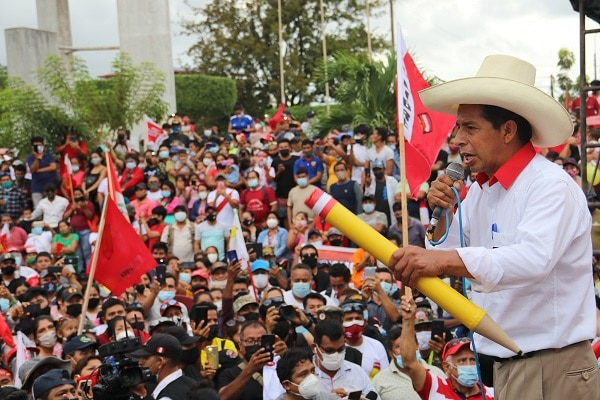 """Pedro Castillo a Keiko Fujimori: """"No mande a sus acólitos para decir que nos van a quitar la vida"""""""