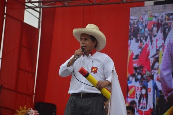 Pedro Castillo vuelve a arremeter contra las AFP: «Que sean los trabajadores quienes sepan cómo administrar su pensión»