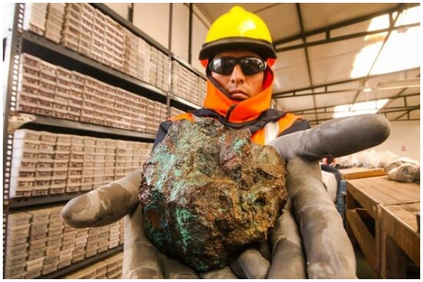 Escasez de cobre a nivel mundial beneficia a Perú