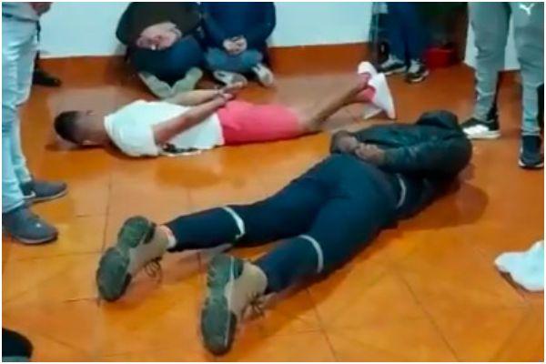 "San Juan de Miraflores: PNP capturó a banda criminal de venezolanos que asaltaban bajo la modalidad del ""raqueteo"""