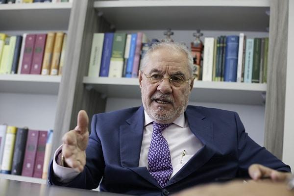 Javier Villa Stein presentó una medida de amparo a fin de anular la segunda vuelta electoral