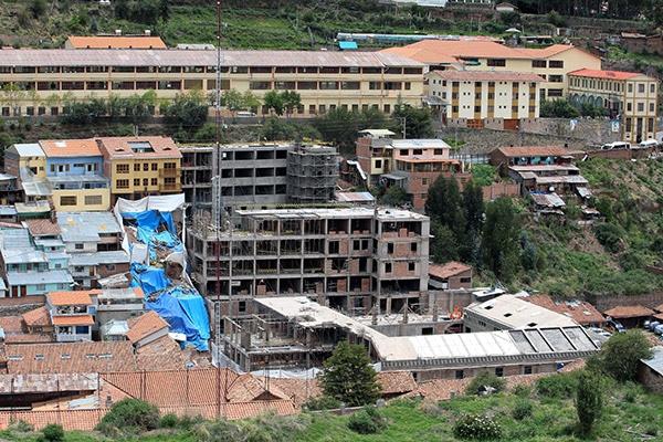 Fiscal pide cárcel para exdirectores de Cultura por construcción de hotel