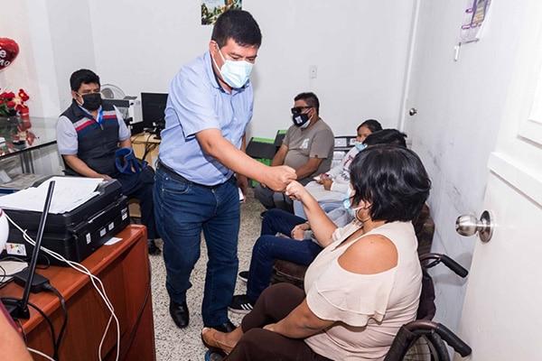 Otorgan pensión provisional a trabajadores con discapacidad