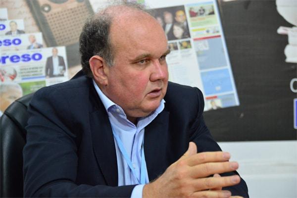 Rafael López Aliaga descartaría postular a la Alcaldía de Lima si se prohíbe renunciar a ese cargo