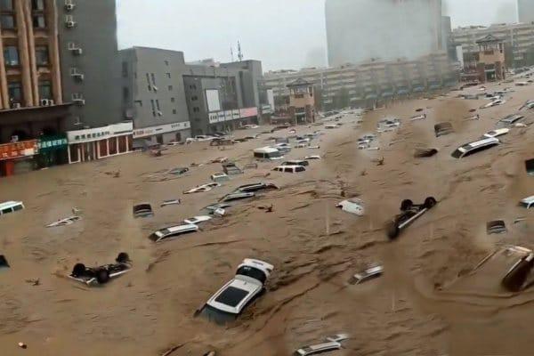 China: intensas lluvias dejan 470 mil damnificados