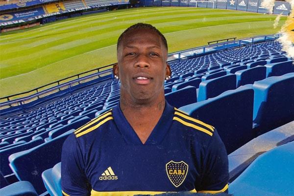 ¡Ya es oficial! Luis Advíncula es el nuevo refuerzo del Boca Juniors