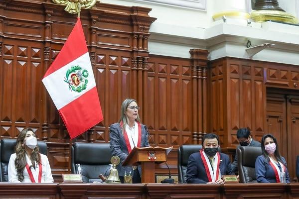 Presidenta del Congreso, María del Carmen Alva: «Se respetará al Ejecutivo del mismo modo que se respete nuestras competencias»
