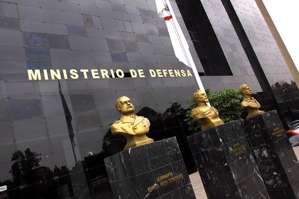 Fuerzas Armadas: promulgan ley que regula el proceso de ascenso de técnicos y suboficiales