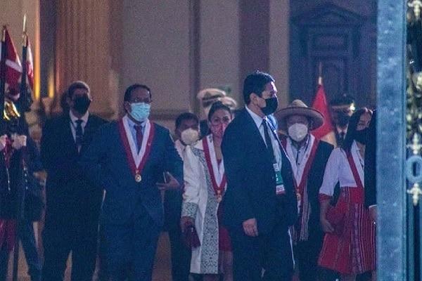 Vladimir Cerrón llegó al Parlamento para presenciar la juramentación de Pedro Castillo como presidente