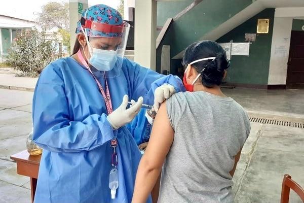 Arequipa: iniciarán inmunización a mayores de 18 años