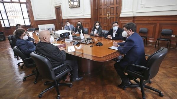 Premier Guido Bellido sostuvo una reunión con bancada de Acción Popular de cara al voto de confianza