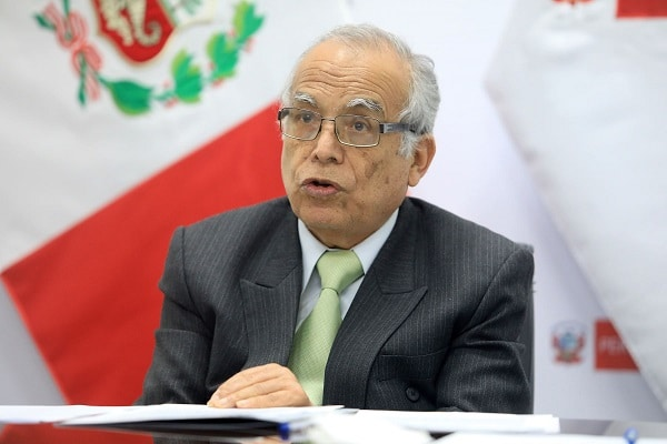 Ministro Torres sobre dictamen que interpreta cuestión de confianza: «El Congreso está usurpando funciones»